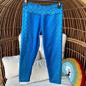 Prana Blue Mid Rise Capri Leggings Medium